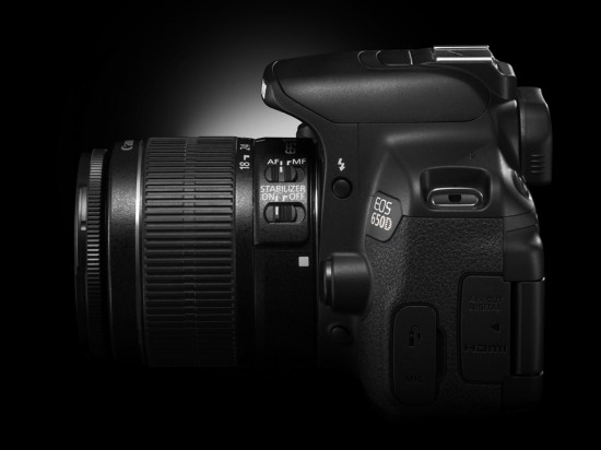 EOS 650D CREATIVE SIDE RIGHT