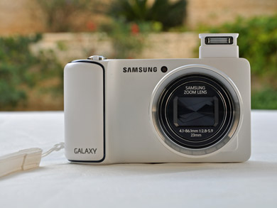 Samsung-Galaxy-camera-main